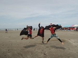 Jumping surf-furs